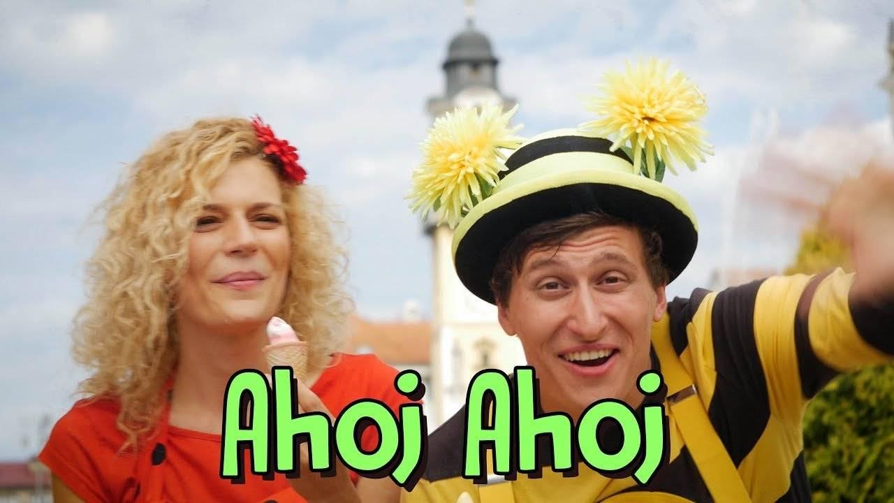 Smejko a Tanculienka - Ahoj Ahoj